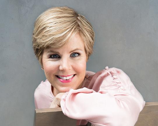 pic of naturopath Sue-Anne Hickey